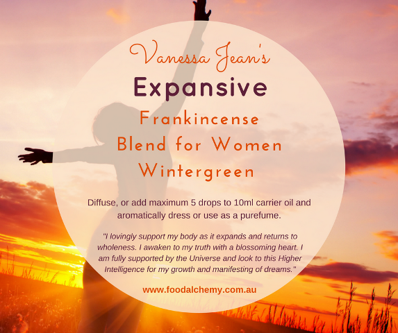 Expansive essential oil reference: Frankincense, Blend for Women, Wintergreen
